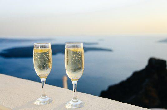 Sparkling Wine - Fizz - Champagne - Prosecco