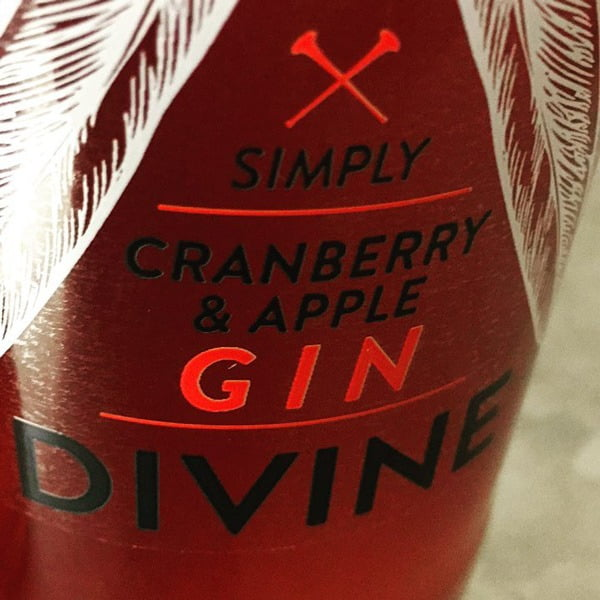 Gin Divine Cranberry and Apple