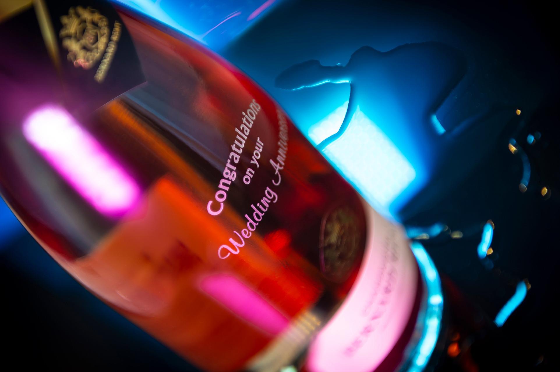 BERNARD-REMY - Engraved Champagne